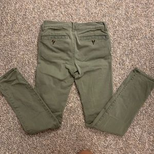 American Eagle Outfitters Pants & Jumpsuits - American Eagle Super Stretch Skinny Pant | Olive